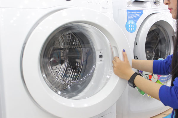 Máy giặt lồng ngang hoạt động như thế nào?
