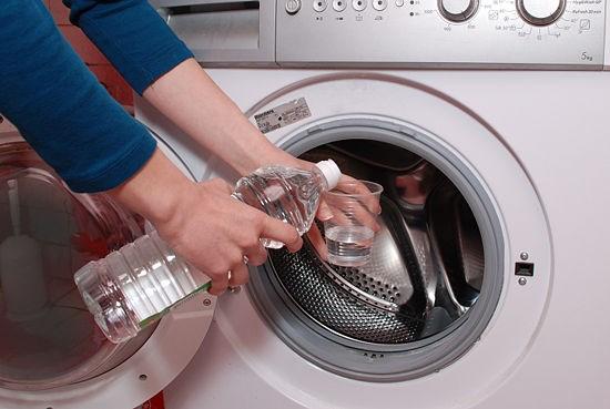 Hướng dẫn cách vệ sinh máy giặt Electrolux
