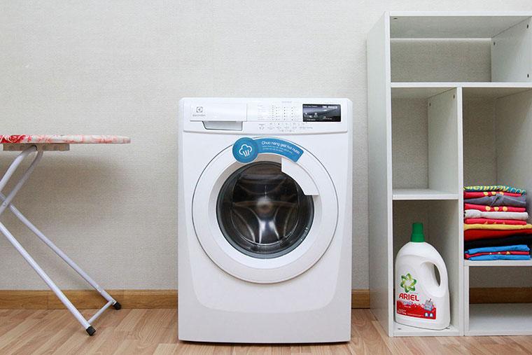 3 chiếc máy giặt Electrolux 8kg giá rẻ